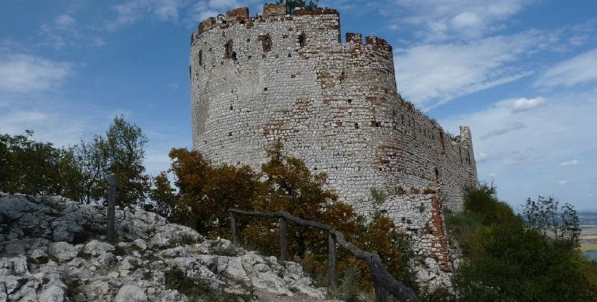 Крепость Девички /Děvičky - один из символов Палавы