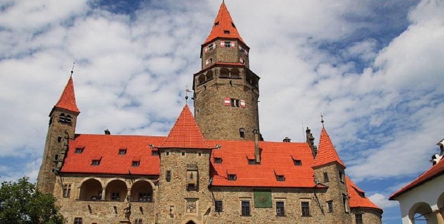 Замок Боузов / Bouzov