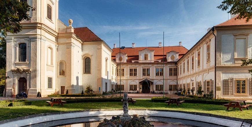 Замок Лоучень (Loučeň).
