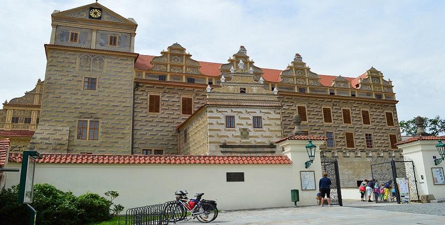 Замок Хоршовcки Тын