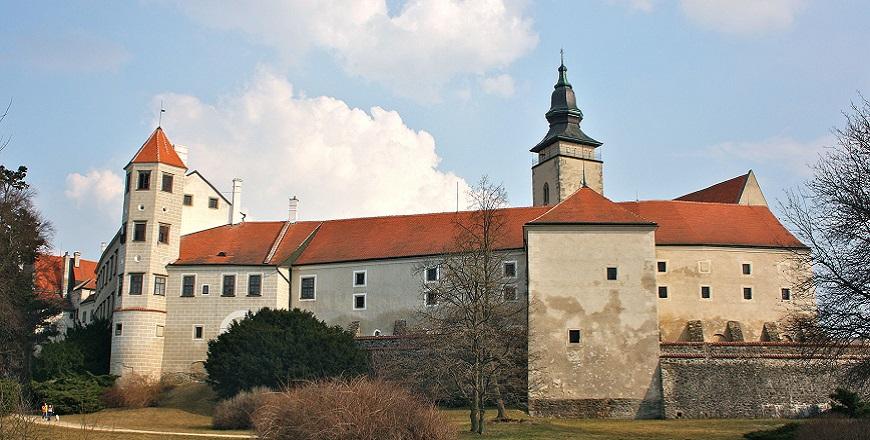 Замок Тельч (Telč).