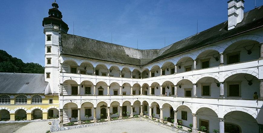 Замок Велке Лосины (Velké Losiny)